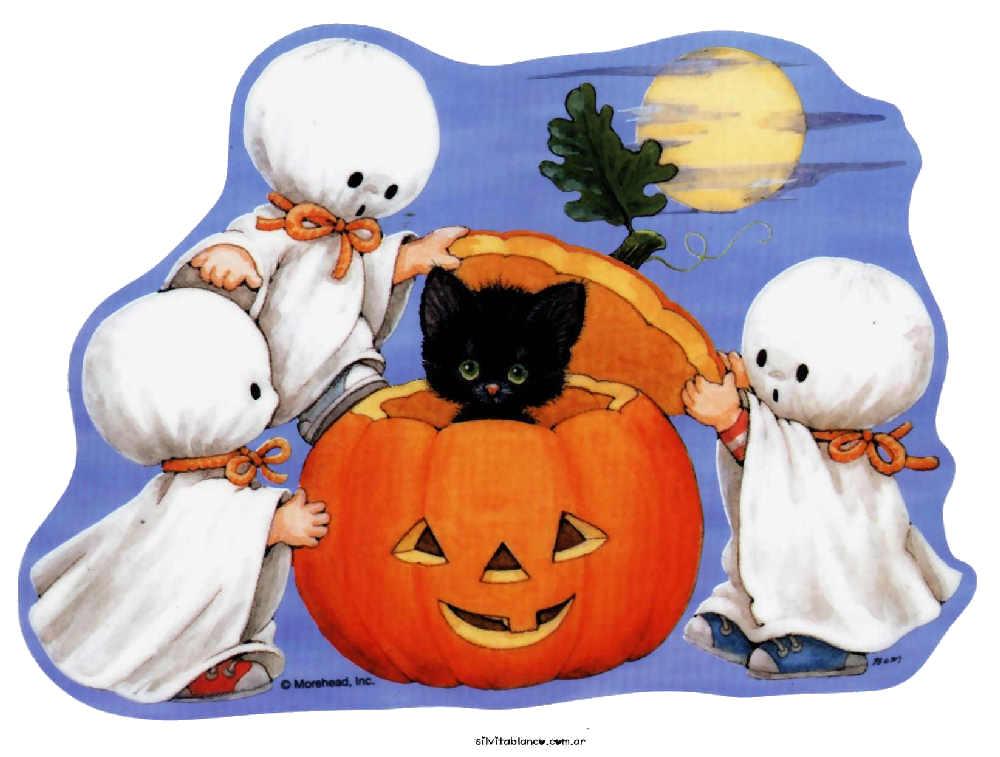 halloween niños disfrazados de fantasmas y calabaza