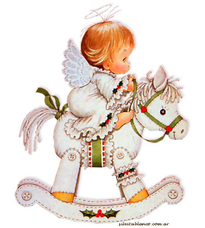 angelito en caballo de madera